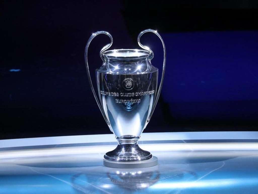 Bvb In Der Champions League Vier Mal Bei Sky Und Zwei Mal Bei Dazn