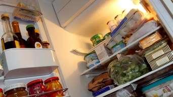 Im Kühlschrank stinkt es? Tipps und Tricks gegen den Gestank ...