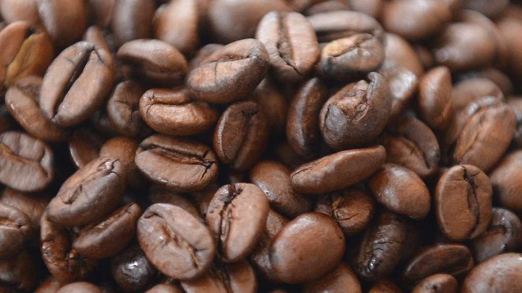 Sparen beim Kaffee-Kauf: Darum ist das braune Gold in ...